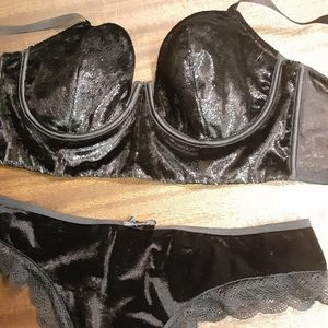 Victoria's Secret Black Velvet Set